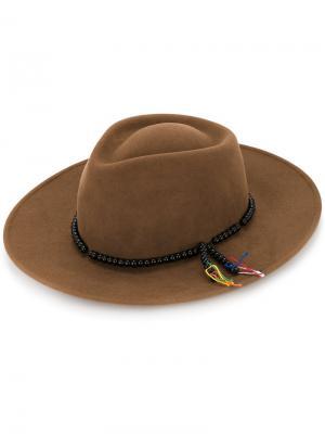 Шляпа с декором из бусин Sensi Studio. Цвет: коричневый