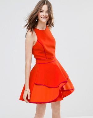 Adelyn Rae Короткое приталенное платье со вставкой. Цвет: оранжевый