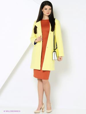 Пальто Адель CLABIN. Цвет: желтый