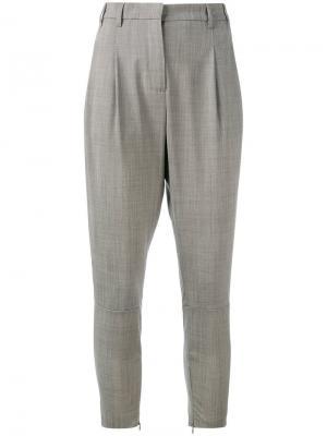 Зауженные брюки Eleventy. Цвет: серый