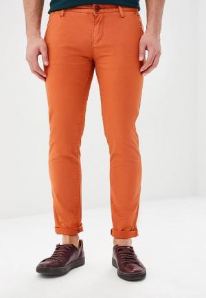 Брюки Justboy. Цвет: оранжевый