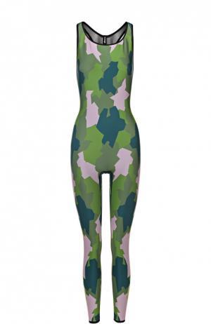 Спортивный комбинезон с камуфляжным принтом и открытой спиной Ultracor. Цвет: разноцветный