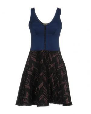 Короткое платье PINKO. Цвет: синий