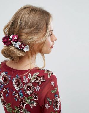 Her Curious Nature Заколка для волос с цветами. Цвет: мульти