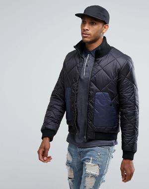 Another Influence Стеганая куртка с контрастным карманом. Цвет: черный