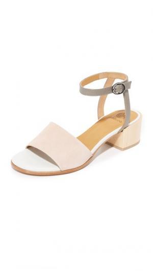 Сандалии с отделкой City Coclico Shoes. Цвет: maquillaje/nikel/белый