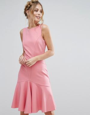 Closet London Платье миди с оборкой по подолу. Цвет: розовый