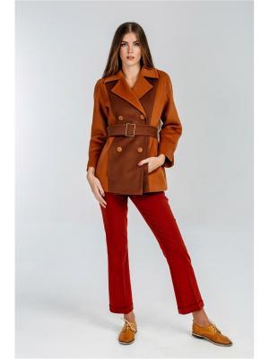 Пальто Exalta. Цвет: рыжий