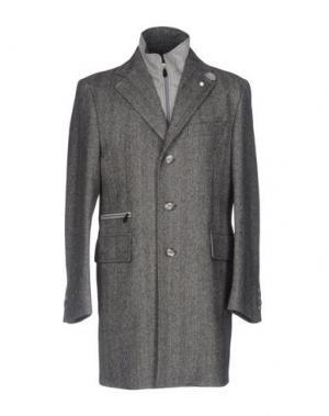 Пальто LUIGI BIANCHI Mantova. Цвет: серый