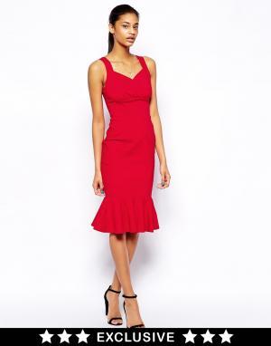 Hybrid Платье-футляр с запахом и оборкой по подолу. Цвет: красный