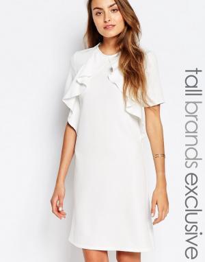 Alter Tall Цельнокройное платье с короткими рукавами и оборкой. Цвет: кремовый