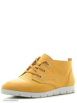 Ботинки Caprice. Цвет: желтый