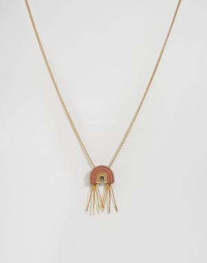 Wolf & Moon Ожерелье с подвеской-аркой и кисточками. Цвет: золотой