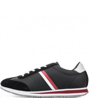 Кроссовки на шнуровке с втачной стелькой Tommy Hilfiger. Цвет: черный