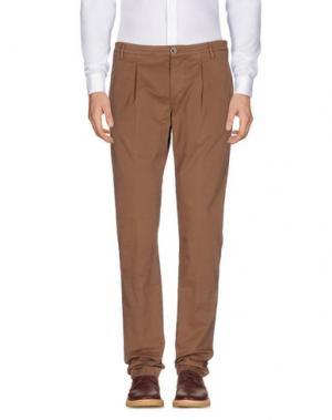 Повседневные брюки CAMOUFLAGE AR AND J.. Цвет: какао