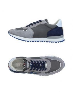 Низкие кеды и кроссовки D'ACQUASPARTA. Цвет: серый