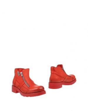 Полусапоги и высокие ботинки O.X.S.. Цвет: красный