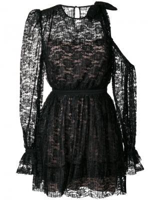 Кружевное платье с прорезью на плече Three Floor. Цвет: чёрный
