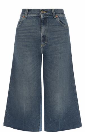 Укороченные расклешенные джинсы с потертостями Gucci. Цвет: синий