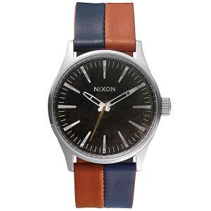 Часы  Sentry 38 Leather Dark Copper/Navy/Saddle Nixon. Цвет: серый,оранжевый,синий