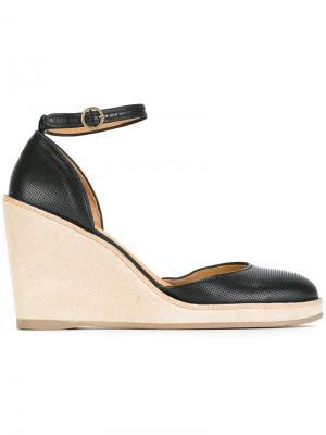 Туфли Helen A.P.C.. Цвет: чёрный