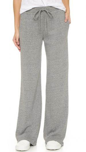 Расклешенные брюки из флиса Lanston. Цвет: серый