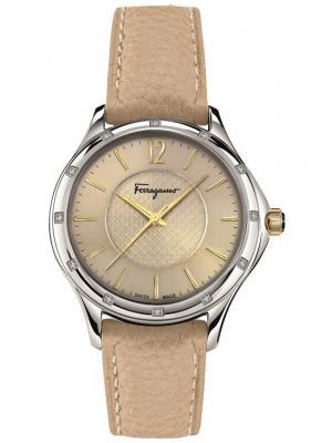 Часы Salvatore Ferragamo. Цвет: бежевый
