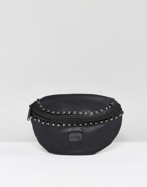 Spiral Сумка-кошелек на пояс с заклепками. Цвет: черный