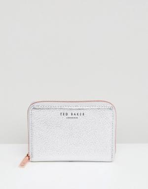 Ted Baker Маленький кошелек на молнии из фактурной кожи Illda. Цвет: серебряный