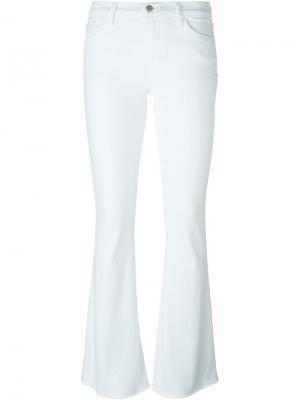 Расклешенные брюки J Brand. Цвет: белый