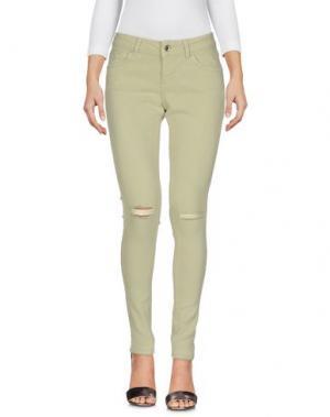 Джинсовые брюки SEVEN7. Цвет: зеленый-милитари