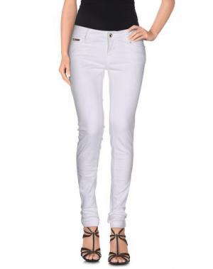 Джинсовые брюки EAN 13. Цвет: белый