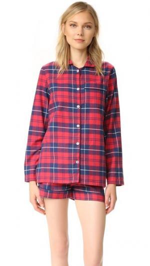 Пижама Phoebe с шортами Three J NYC. Цвет: красный/темно-синяя клетка