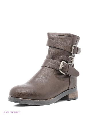 Ботинки Yaro. Цвет: коричневый