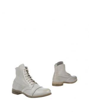 Полусапоги и высокие ботинки KEB. Цвет: светло-серый