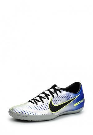 Бутсы зальные Nike. Цвет: серебряный