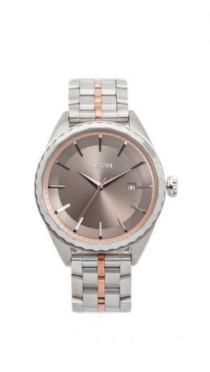 Часы Minx Nixon