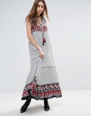 Raga Платье макси с принтом на кокетке и по нижнему краю Dreamweaver. Цвет: мульти