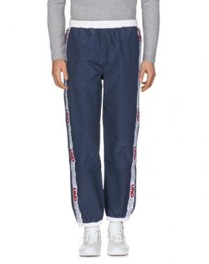 Повседневные брюки UNDEFEATED. Цвет: темно-синий