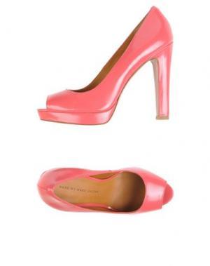 Туфли MARC BY JACOBS. Цвет: коралловый