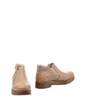 Полусапоги и высокие ботинки HANGAR. Цвет: песочный