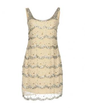 Короткое платье LA KORE. Цвет: бежевый