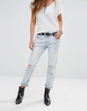 Lira Состаренные джинсы бойфренда с кромками на молнии. Цвет: синий