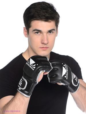 Перчатки Bad Boy Pro Series MMA. Цвет: черный, белый