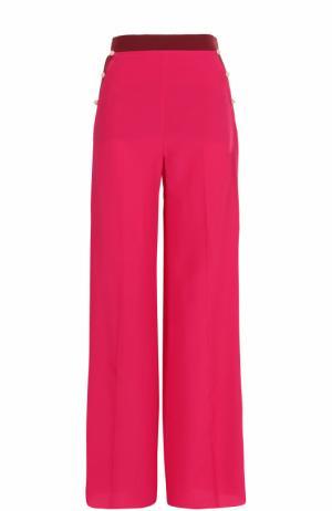 Шелковые брюки прямого кроя с лампасами Valentino. Цвет: малиновый
