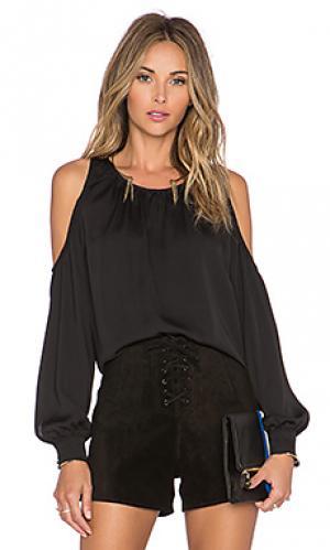 Блузка the shoulder LAcademie L'Academie. Цвет: черный