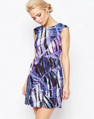 Closet London Платье с принтом и V-образным вырезом сзади. Цвет: фиолетовый