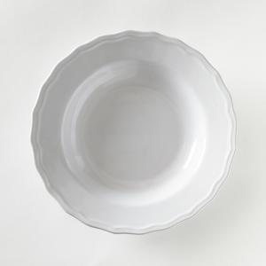 4 тарелки глубокие с отделкой фестоном, Ajila La Redoute Interieurs. Цвет: белый,серо-коричневый