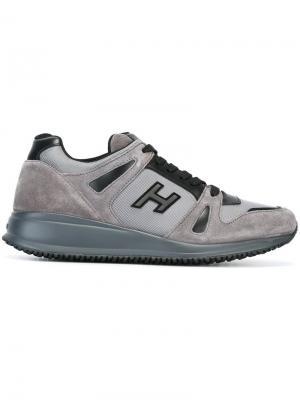 Кроссовки с логотипом Hogan. Цвет: серый