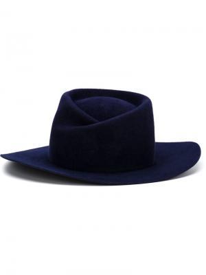 Фетровая шляпа Zodiac Gladys Tamez Millinery. Цвет: синий